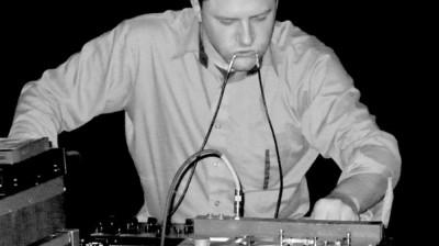 HM-band-03-AaronDilloway